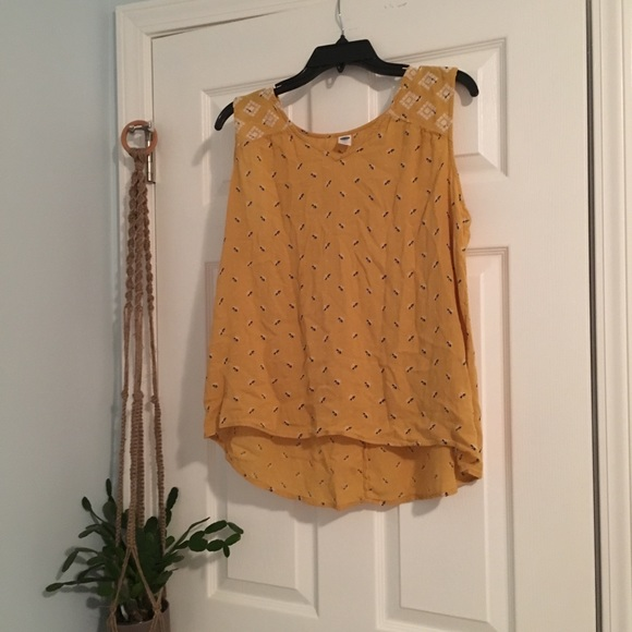 Old Navy Tops - Short Sleeve Yellow Blouse